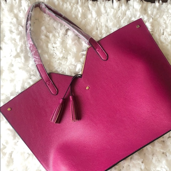 Neiman Marcus Handbags - Magenta Neiman Marcus Tote